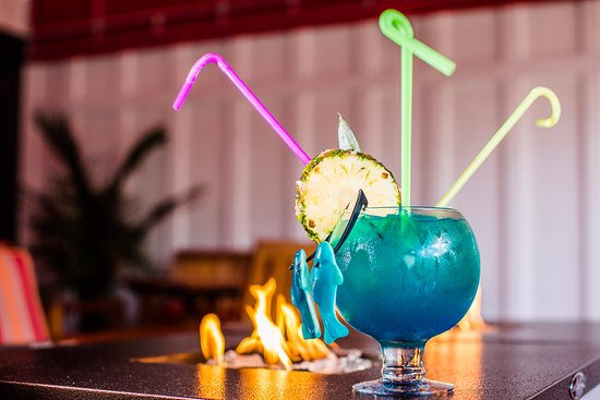 Long Beach Township, Nueva Jersey: Share a Fishbowl cocktail!