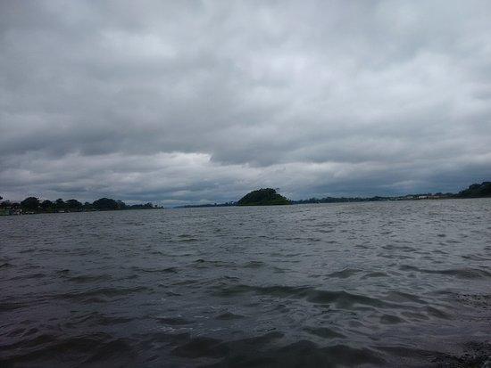 Guajará-Mirim, RO: Rio Mamoré durante a travessia para Guayaramerin