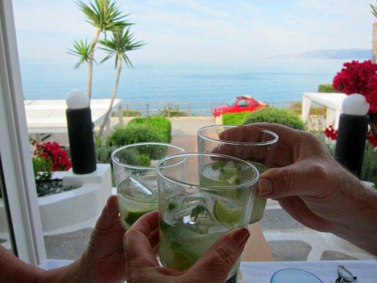 Saradari: Rum Caipirinhas were delicious