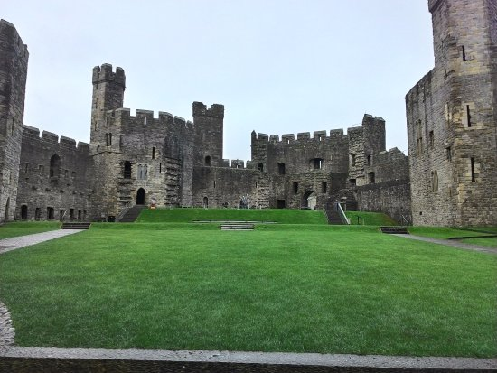Tregarth, UK: Caernarfon Castle is in the area