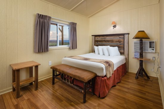 Hualapai Ranch: Cabin Interior