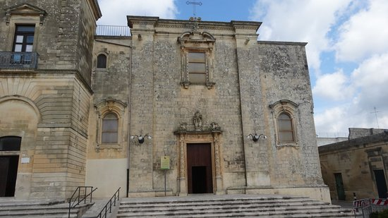 Martano, Italy: Chiesa S. Maria del Rosario - The building