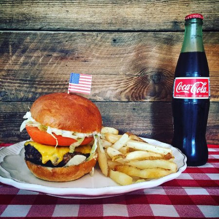 Bainbridge, GA: The American Burger