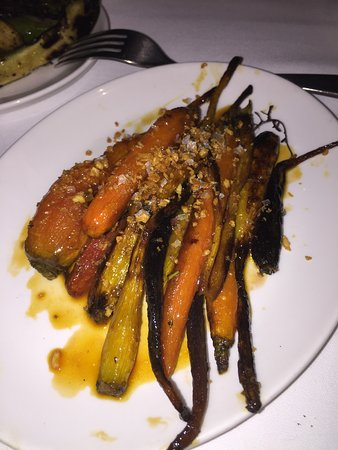 Union Square Cafe: Roasted carrots - a tasty side dish