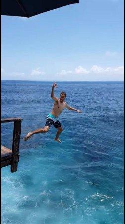 San Juan del Sur, Nicaragua: Cliff Jumping