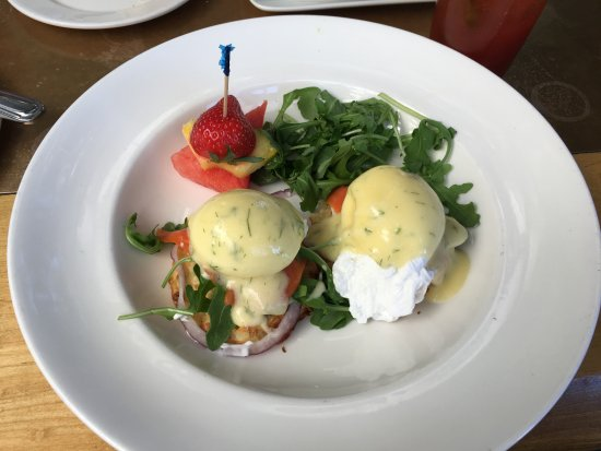 Seasons in the Park: Smoked Salmon Egg Benedict Perfect....