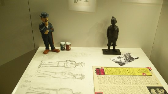Musée Hergé : Thompson or Thomson thinks