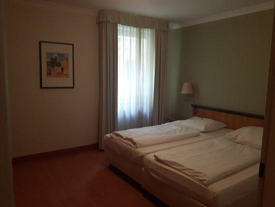 Camera da letto - Bild von Arcadia Hotel Düsseldorf, Erkrath ...