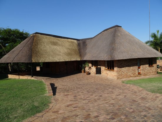 Kruger Park Lodge: Our beautiful home for two nights