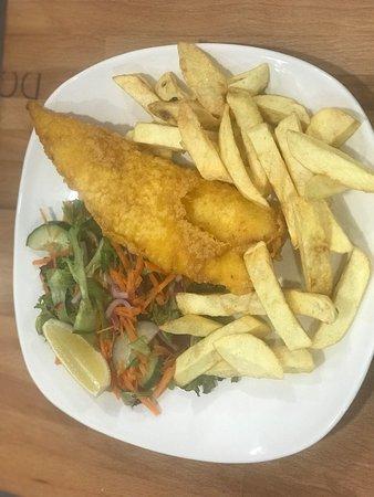 Birchington, UK: Cod and chips 🍟