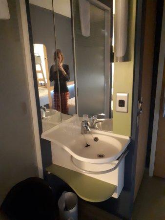 Hotel Etap Belfast Photo