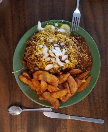 Halfway, Όρεγκον: Chili Burger