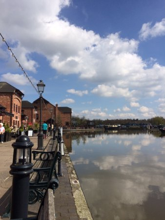 Barton Marina Barton Under Needwood England Top Tips