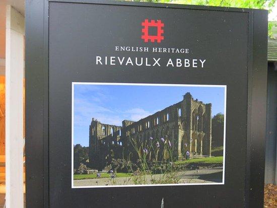 Helmsley, UK: Rievaulx Abbey - Entry Sign