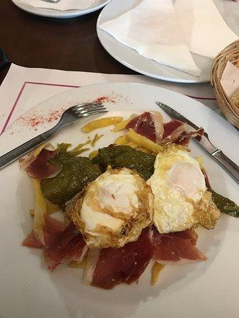 Teba, İspanya: Great Breakfast before a hike