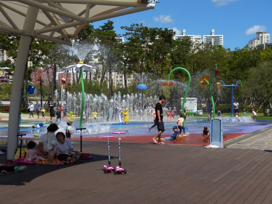 Another amazing play area - 釜...