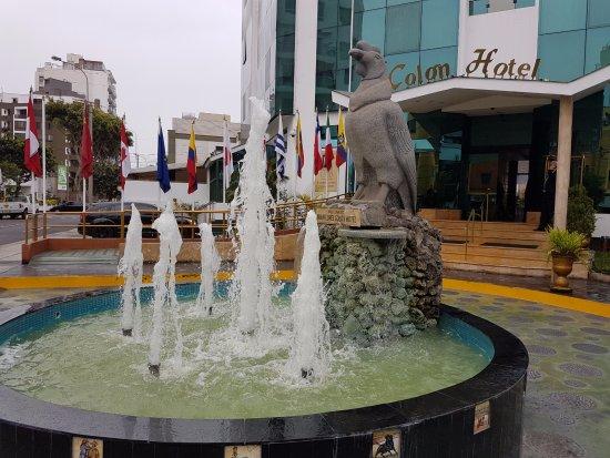 Miraflores Colon Hotel: A entrada do Hotel