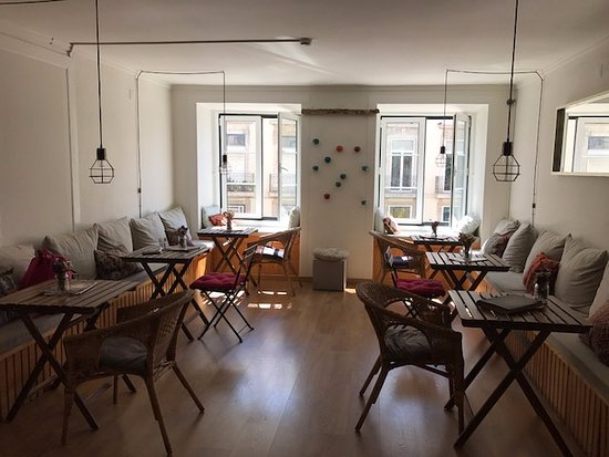 Lisbon Story Guesthouse: Breakfast Room