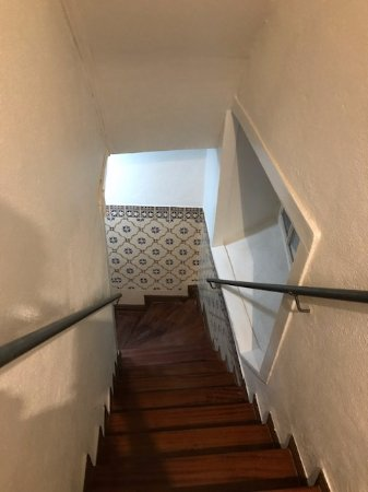 Lisbon Story Guesthouse: Staircase