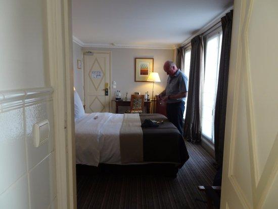 Hotel Brighton - Esprit de France: Classic room.