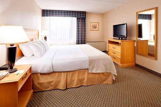 Holiday Inn Auburn - Finger Lakes Region: Enjoy a good night's rest.