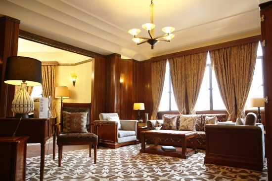 Spanish Suite Living Room Picture Of Fairmont Peace Hotel