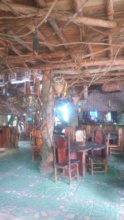 Mele, Vanuatu: Resturant