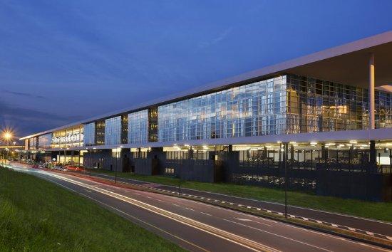 Sheraton Milan Malpensa Airport Hotel & Conference Centre: Exterior