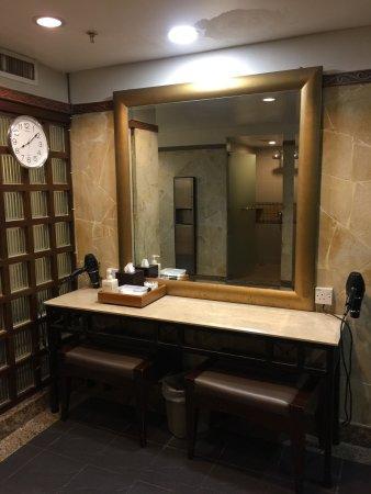 Hyatt Regency Kinabalu: ドライサウナ、ミストサウナ、ジャグジー、メイクルーム、シャワー室