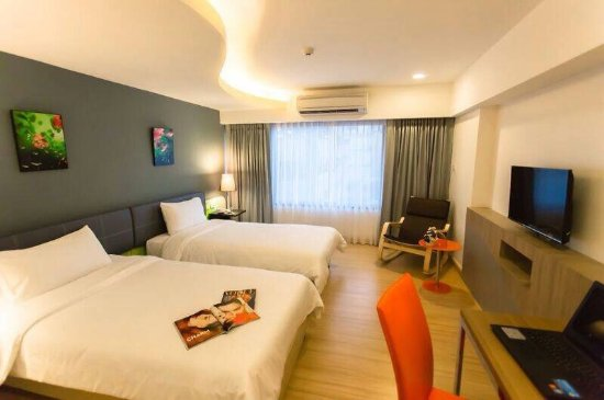 Grand Tower Inn Sathorn Hotel