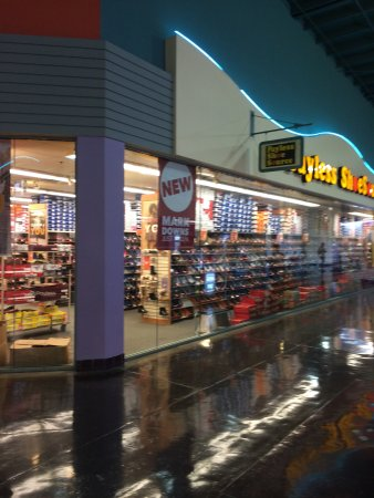 Payless Shoe Store Picture Of Guam Premier Outlets Tamuning