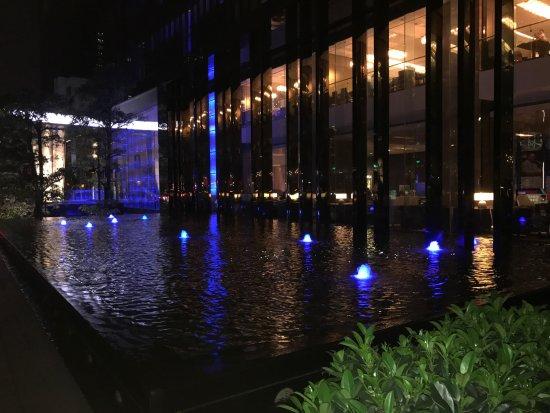 Hilton Guangzhou Tianhe: photo2.jpg