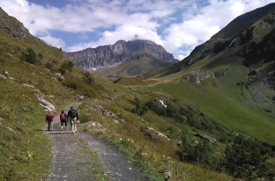 In the Heart of the Alps Hike Tour From Lucerne