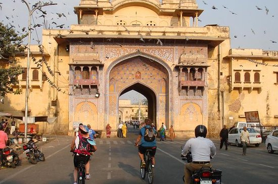 Cyclin'Jaipur -  Explore the city on