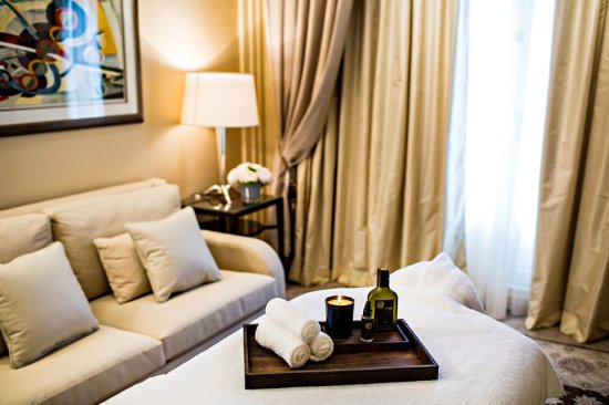 Prince de Galles, a Luxury Collection Hotel: In Room Spa