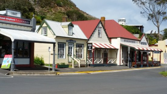 Stanley, Australia: the charming street as the setting for the Movie