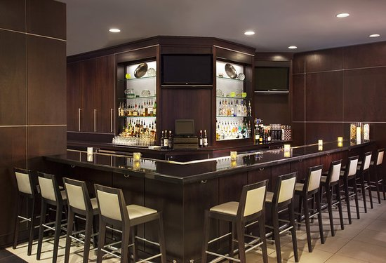 The Westin Richmond: Crossings Bar & Lounge
