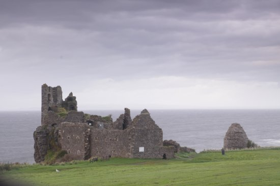 Dunure, UK: sweet castle ruin