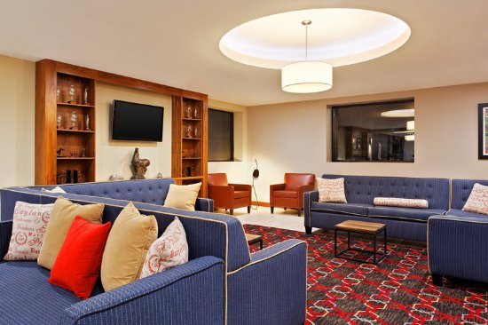 Four Points by Sheraton College Station: Library