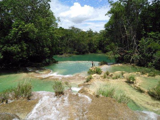Cascada de Roberto Barrios: La última poza con toboganes