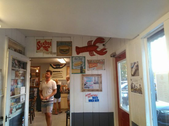 Old Saybrook, CT: Johnny Ad's Drive-In
