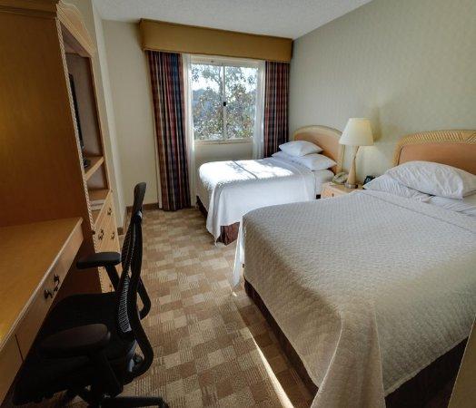 ซานราฟาเอล, แคลิฟอร์เนีย: Corner Suite Beds