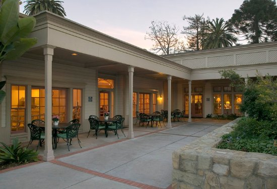 Голета, Калифорния: Breakfast Building