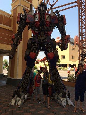 d31c50357c Wonderla Amusement Park  optimus prime transformer in real