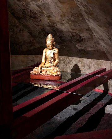 Buddha-Bar Hotel Prague Photo