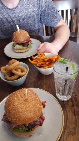 handmade burger Co.: Burgerrrr