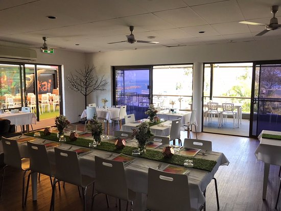 Bongaree, Australia: Setting up for Melbourne Cup