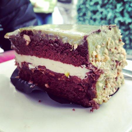 Rather bland pistachio cake