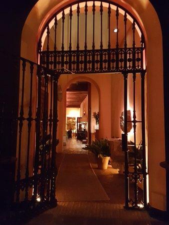Boutique Hotel Casa del Poeta: 20171102_180349_large.jpg