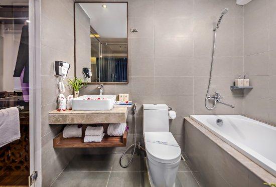 Halina Hotel Room Price